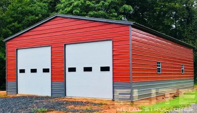 30x50x12-Metal-Garage-with-Quaker-Gray-Wainscoat